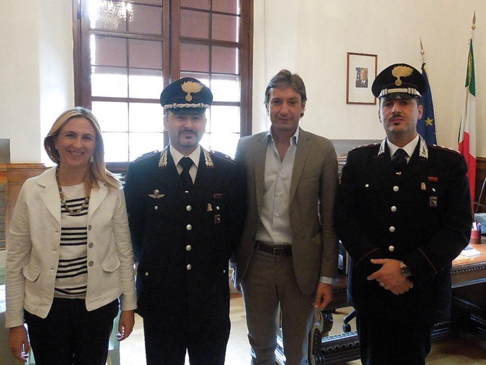 http://www.libertas.sm/files/2013/09/immagini_contenuti/83005/carabinieri-01.jpg