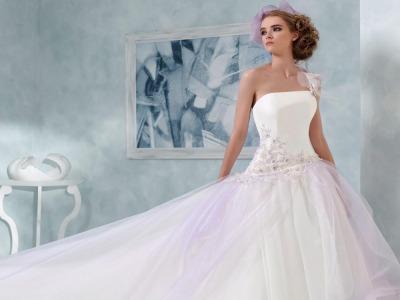 55b0b3233f03 San Marino. Gli abiti da sposo e sposa GIORGIA BOUTIQUE protagonisti del   Wedding Day