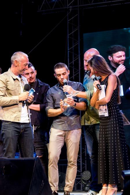 Lo strego, alias nicolas burioni, premio speciale deejay on stage a riccione 2016