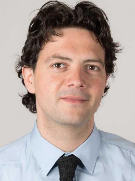 Mattia morolli, neo assessore alla scuola del comune di rimini, fa gli auguri agli oltre 20mila studenti di rimini